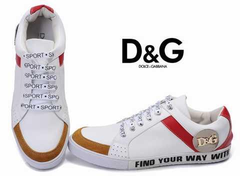 d49de558a4 Finger chaussures et Hunter bottes sont particulièrement populaires ces  jours-ci et il ya beaucoup plus de styles disponibles en ligne pour le  public ...